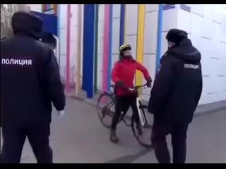 Как россияне реагируют на полицию