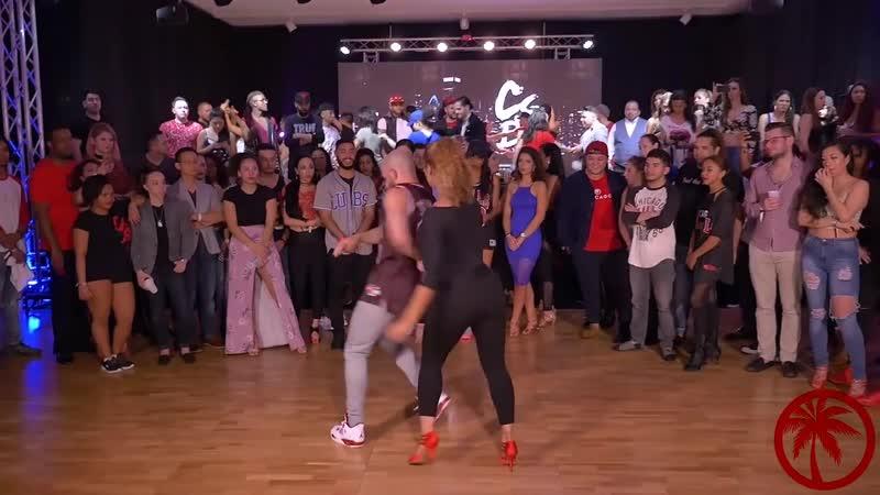 Невозможно страстный танец Жорж Атака и сексуальнейшая Таня Ла Алемана танцуют ШАНСОН