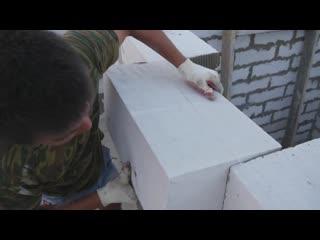 Сколько стоит и как построить недорого дом из пеноблока