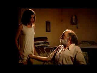 Старый извращенец лапает свою внучку за писю (инцест в кино, дед принуждает внучку к сексу)