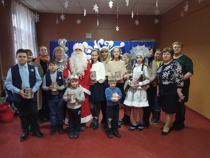 Новогодние подарки для детей прифронтовых территорий членов профсоюза образования от российских профсоюзов, изображение №3