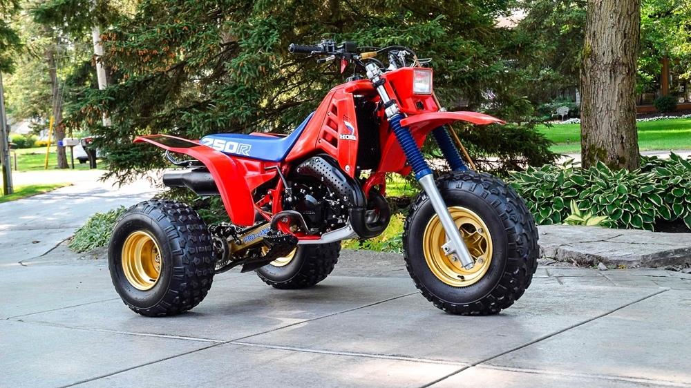 Honda ATC 250R - один из быстрейший прародителей квадроциклов