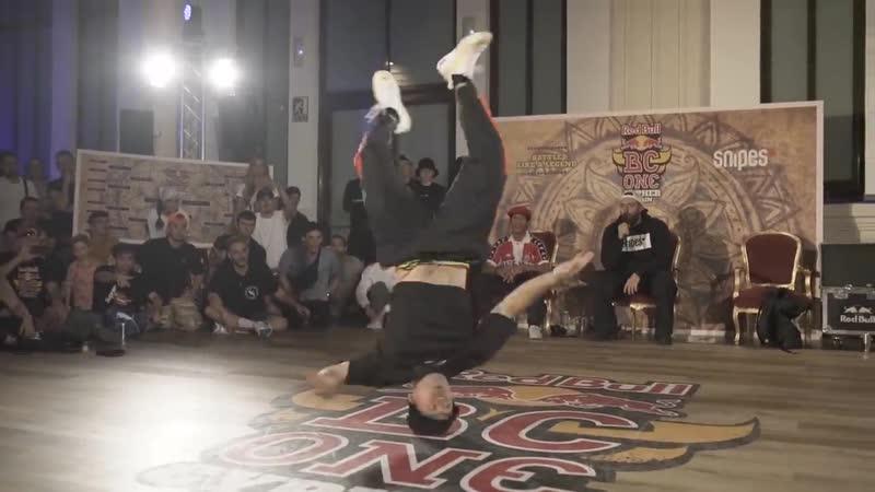 B Boy Kaku vs B Boy Lil G ¦ Exhibiton Battle ¦ Red Bull BC One Cypher Spain