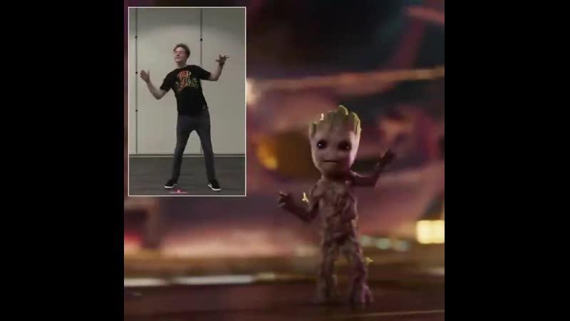 Baby Groot's dance