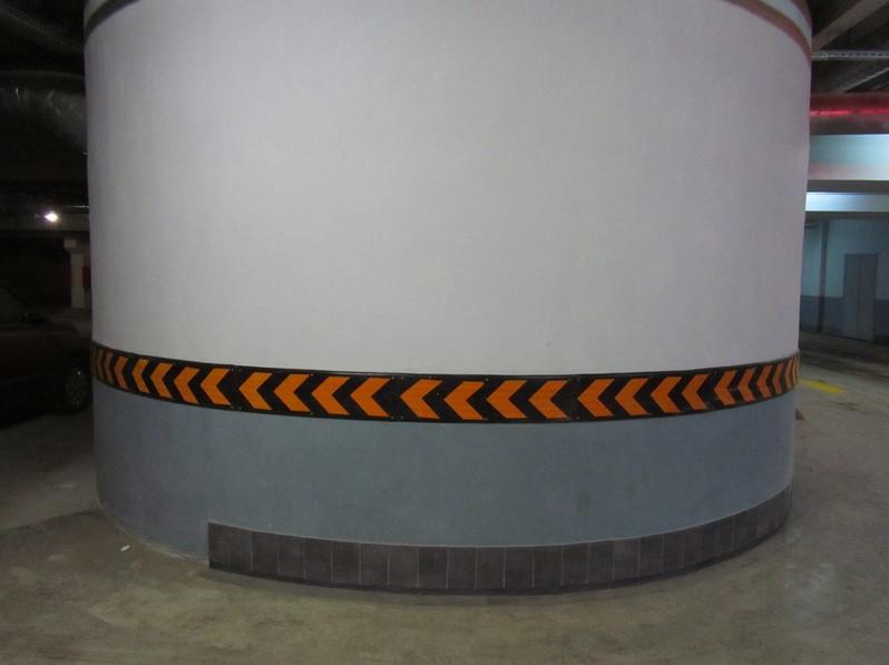 Резиновый отбойник для стен