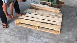Amazing Woodworking Project From Pallet Wood // Build A Big Table From Old Pallets - How To, DIY