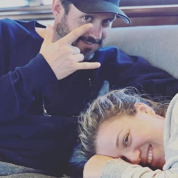 Келли Кларксон мечтает еще об одном ребенке после того, как сама уговорила мужа на вазэктомию Осенью 2016 года Келли Кларксон рассказывала о том, что сделала операцию по перевязке маточных труб