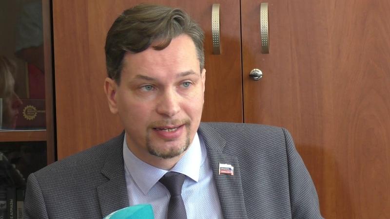 Митинги шелупонь и гражданское общество Разговор с Михаилом Старожиловым