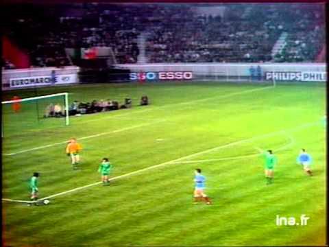 FRANCE - EIRE 1976