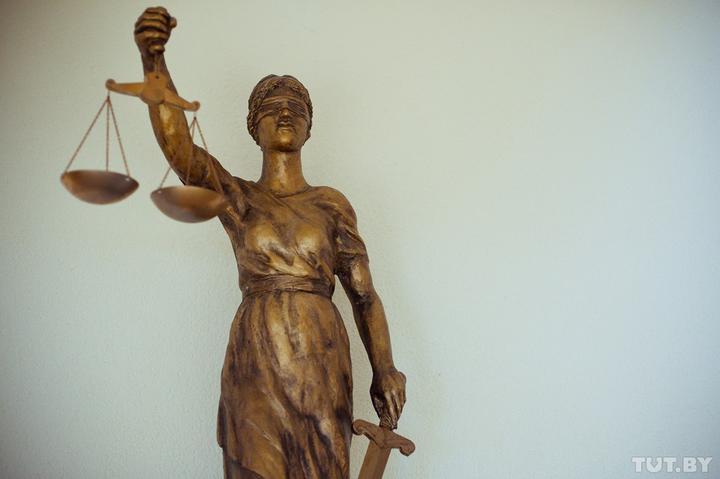«Уменьшить штраф, если до суда отсидел в ИВС». Правозащитники предлагают усовершенствовать КоАП