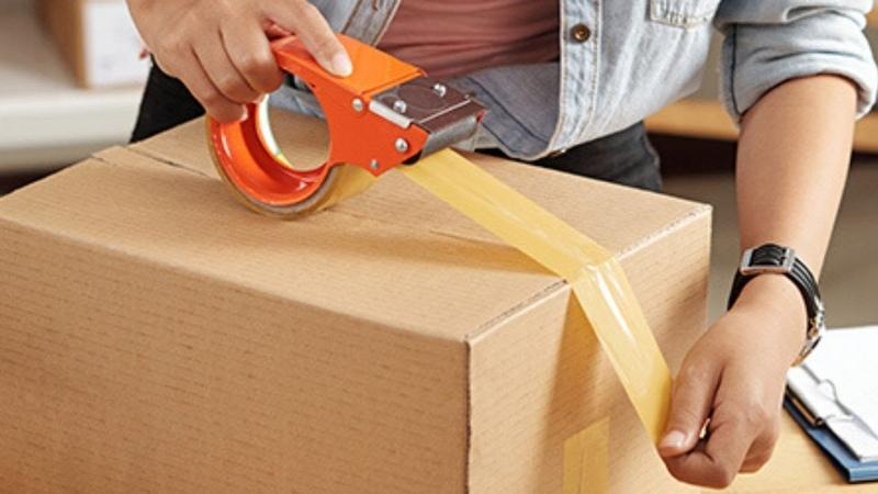 Sending Packages Money Receipt Service Window Packing Carton Scotch Tape Weighing Express Bill