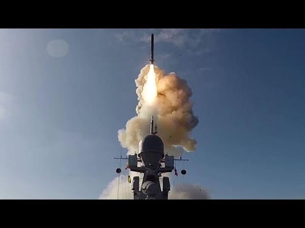 Удар «Калибра»: кадры пусков крылатых ракет на учениях «Гром-2019»