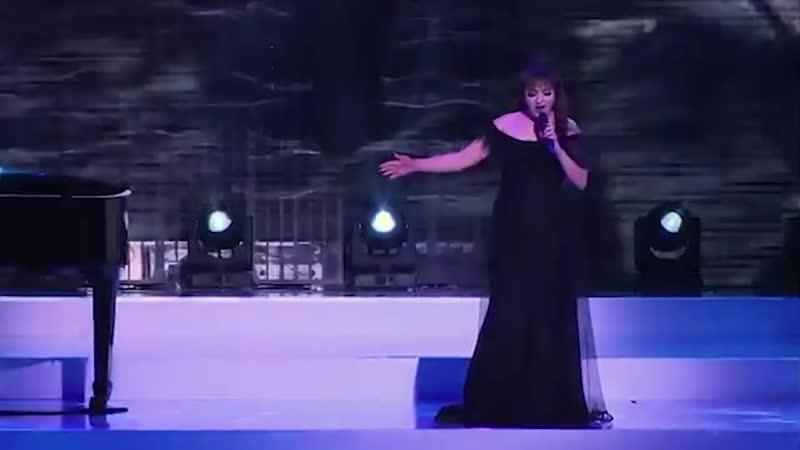 Monika Nazaryan Ashot GHazaryan - Galis es u anc kenum