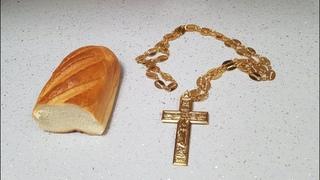 В РПЦ МП проходит аттестация священства на предмет выбора хлеба или креста.