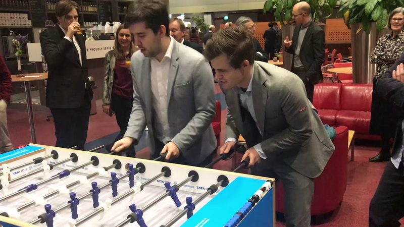 Magnus Carlsen and Ian Nepomniachtchi Defend Attack