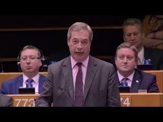Super  Nigel Farage - vdce Brexit Party - se lou s Evropskou uni (esk peklad)