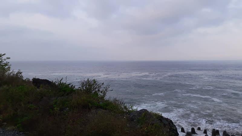 Утренее море в приграничном поселке Сарпи