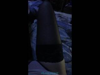 Сексуальная девушка в трусиках и её ножки в чулочках. Periscope. Перископ