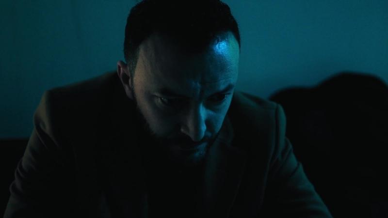 MаpokkаHсkaя Maфия [s01e05] 1080p [P. Русский Репортаж] 1.61 mkv
