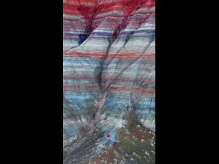 Мать-природа действительно демонстрирует эти яркие цвета.Выглядит больше похожи на Марс, чем Юта, если вы спросите нас!🪐.