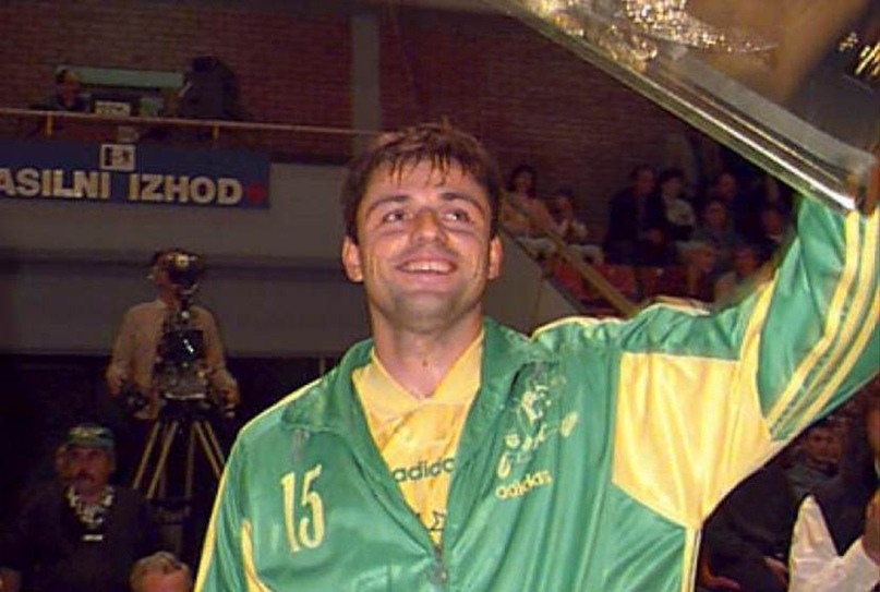 Судьба человека. Танцор с мячом, который сыграл на Олимпиадах за три сборные, но проиграл битву с раком, изображение №10