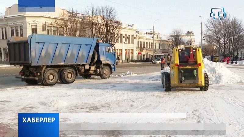 В Симферополе продолжают ликвидировать последствия снегопада
