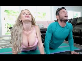ПОРНО -- ЕЙ 34 -- ТРАХНУЛ СИСЯСТУЮ ФИТОНЯШКУ НА ПОЛУ -- porn sex milf --  Casca Akashova