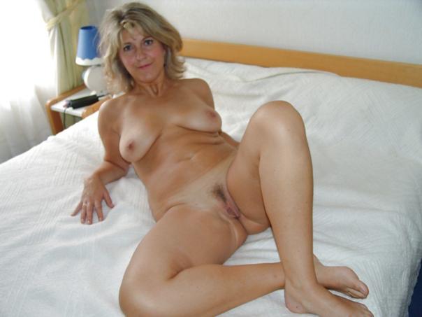 Milf pics real Hot Naked