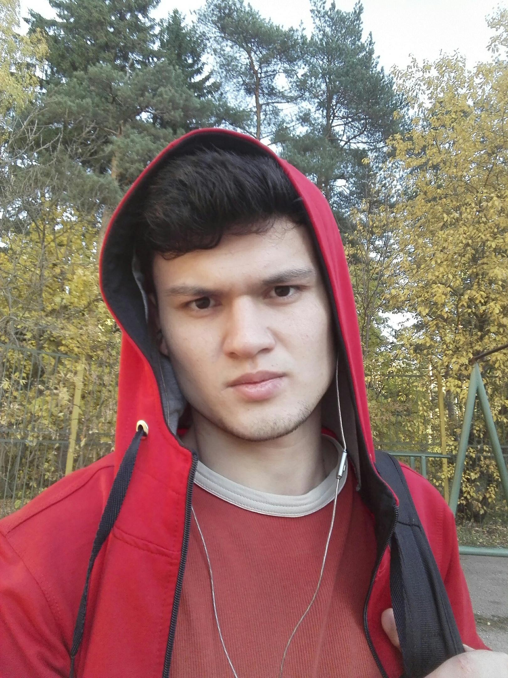 Парвиз, 21, Nikolina Gora