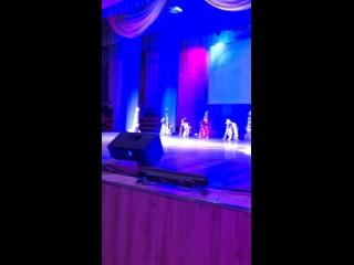 «Крик»группа альтернативного танца!