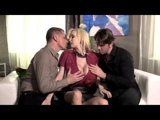 Busty blonde Sandra Star takes double portion of cum. Porn| Порно| Большие сиськи| Секс втроем| Блондинки| Группове порно| Милф