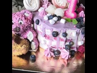 Тортик на годик нашей младшенькой дочурки