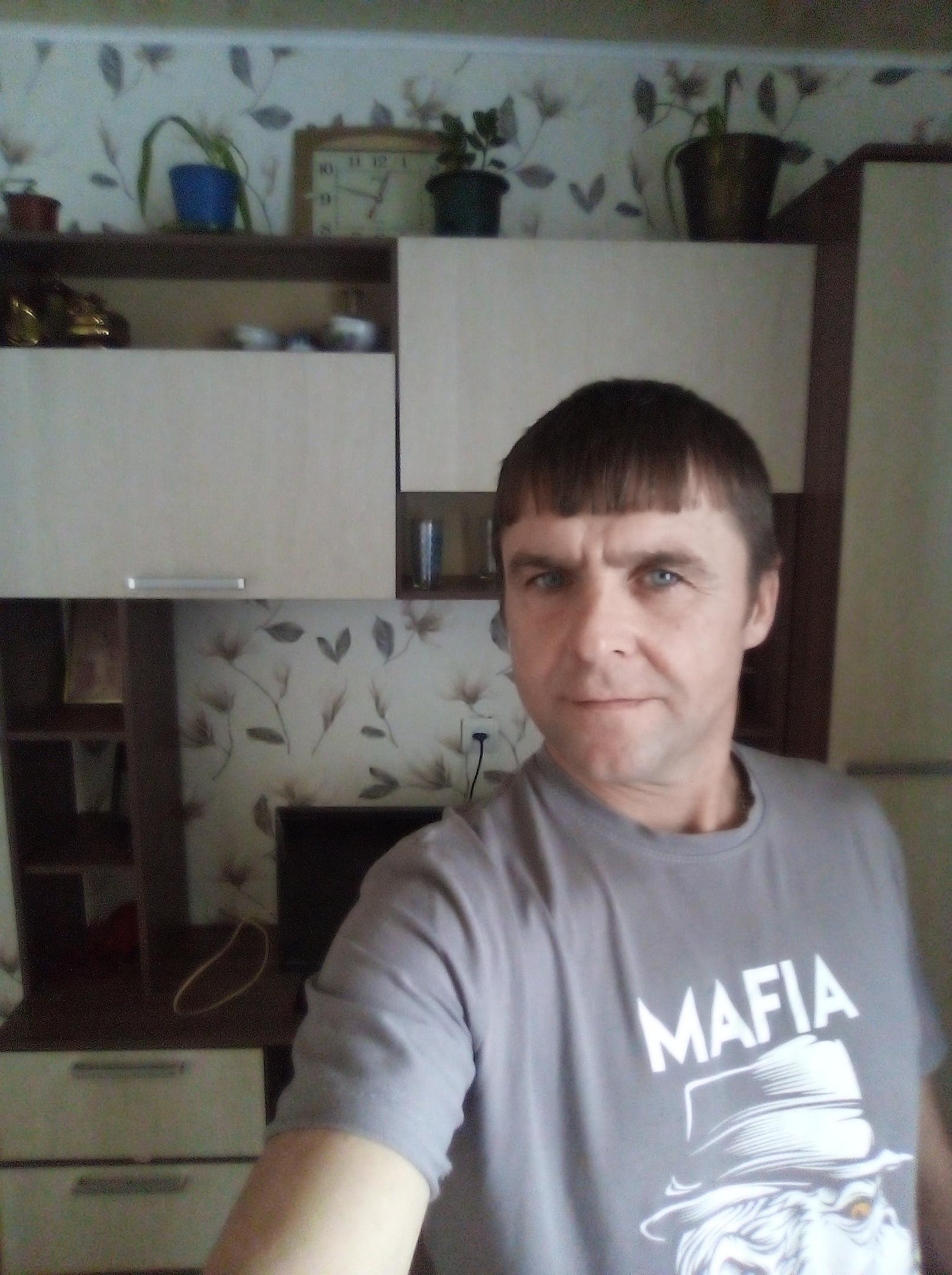 Владимир, 40, Kumertau