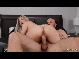 [Brazzers] Skylar Vox - Skylar Gets Wrapped And Tapped [2021.03.01, All Sex, Blowjob, Big Tits, Cum on Tits, 1080p]