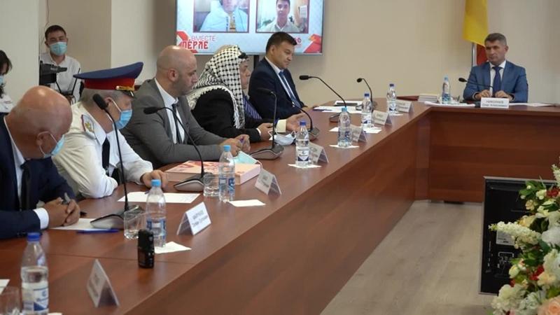 Выступление Президента Общество дружбы и сотрудничества между народами Чувашии и Палестины Доктор права Аль-Балауи Бассам Фатхи.