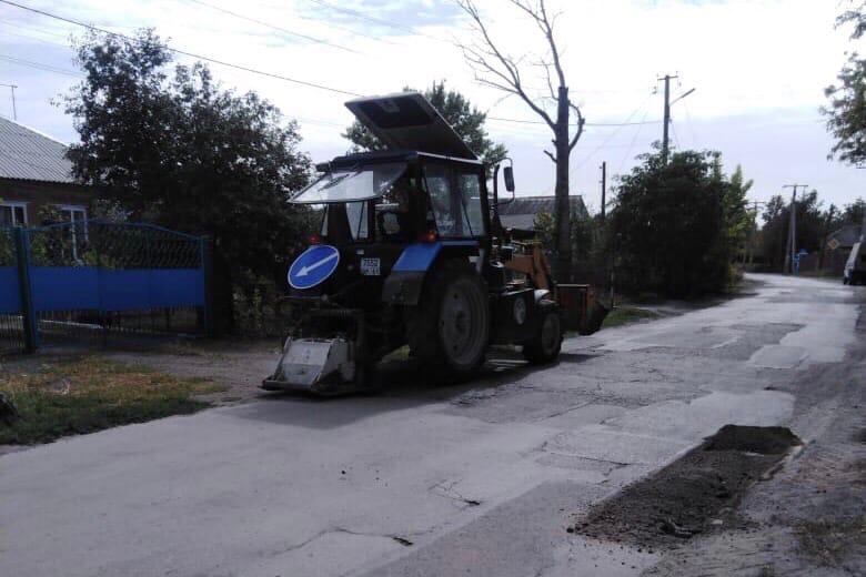 МКУ «Благоустройство»: В Таганроге продолжаются дорожные работы