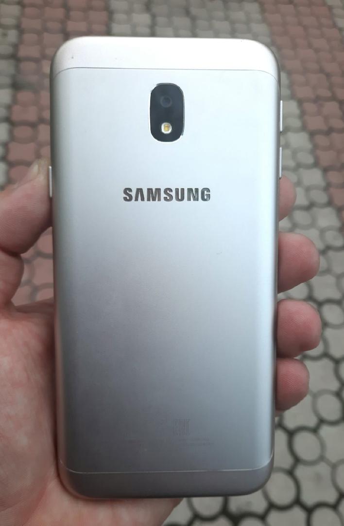 Продам: Samsung Galaxy J3 (2017) 2/16