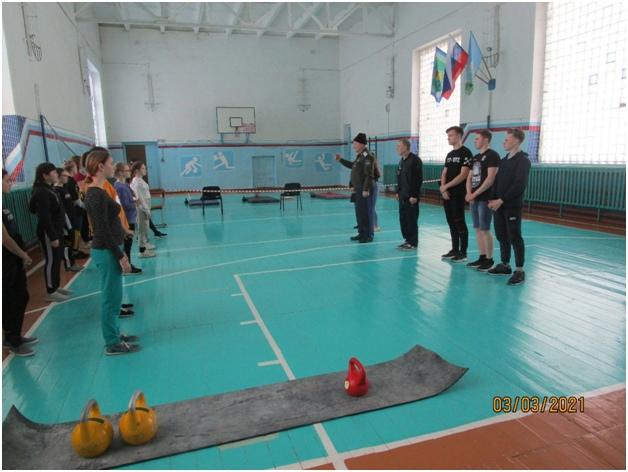 Открытые соревнования по гиревому спорту среди девушек., изображение №2