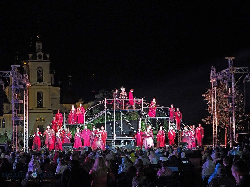 "Опера «Евгений Онегин» в исполнении звезд театра ""Геликон-опера"" прозвучит у сте..."