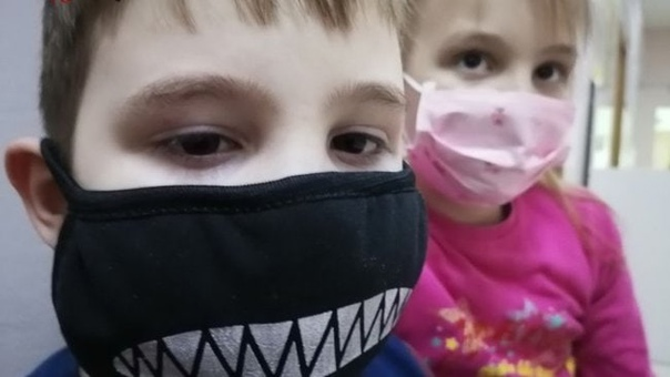 Минздрав опроверг информацию о вакцинации школьников от к...