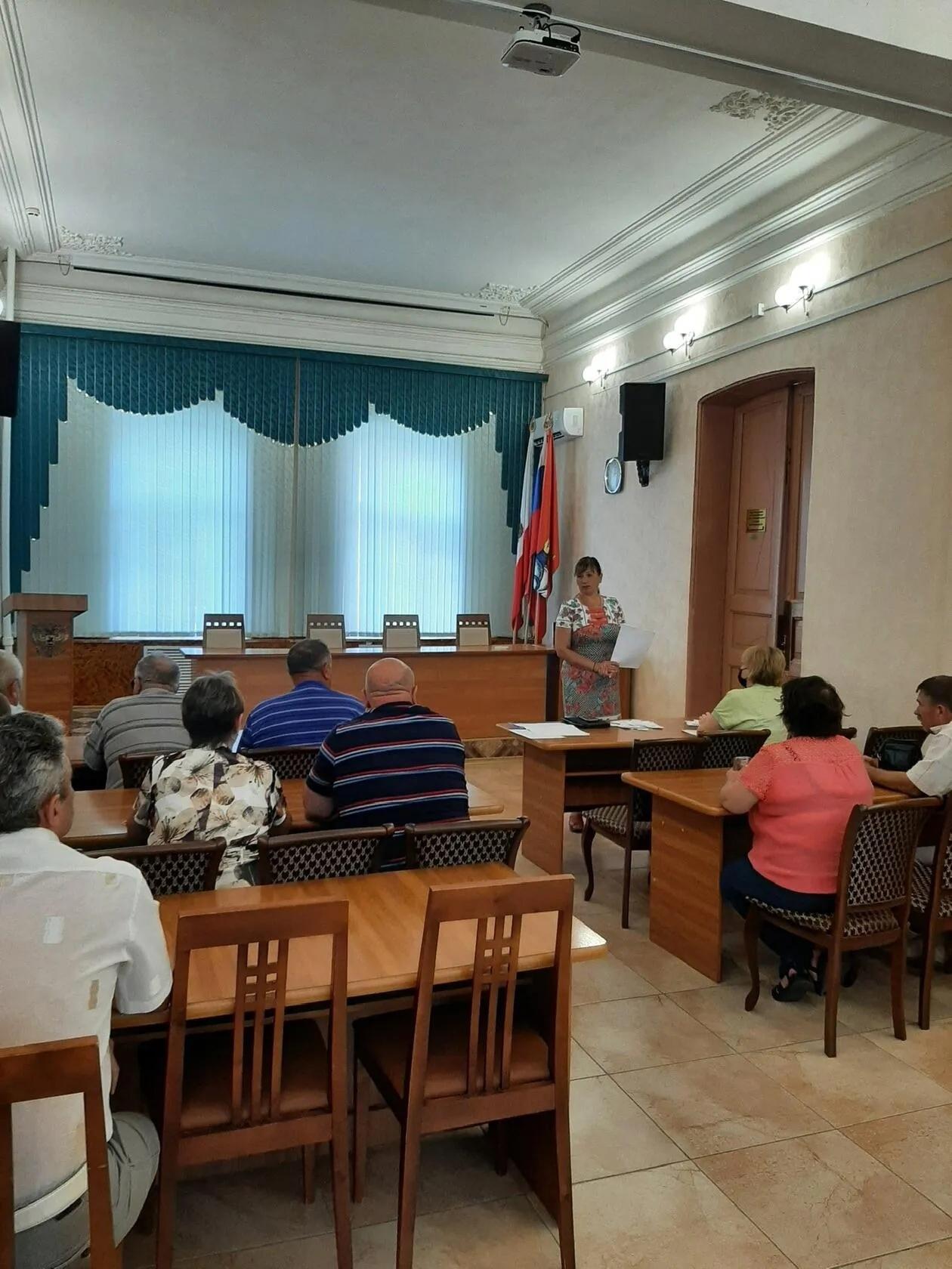 Сегодня состоялась жеребьёвка по распределению печатной площади для предвыборной агитации в газете «Петровские вести»