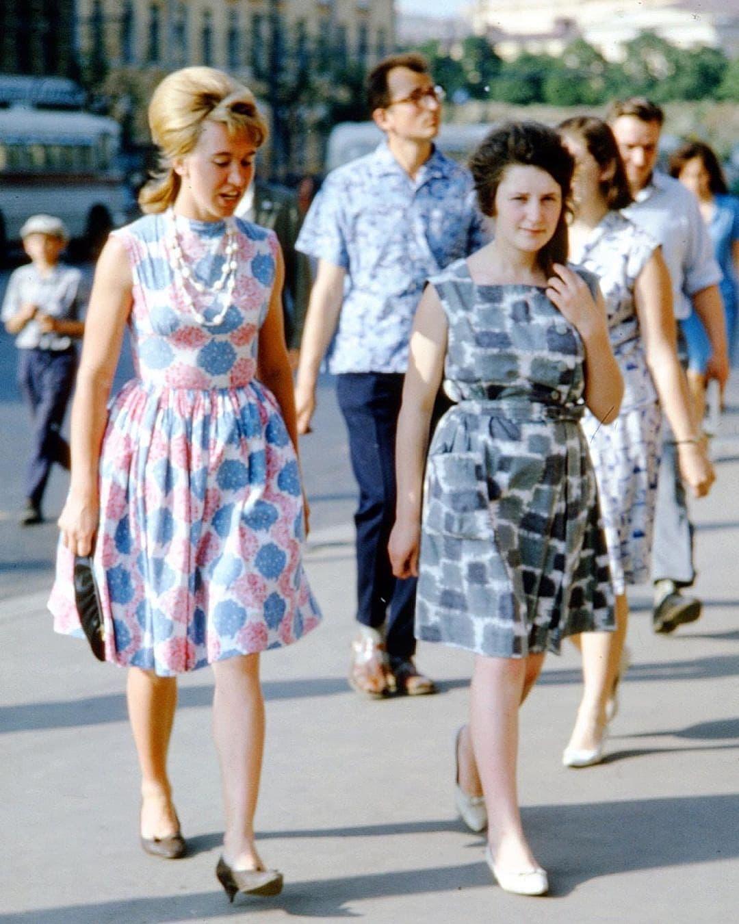 Необыкновенно тёплая атмосфера Москвы в начале 60-х