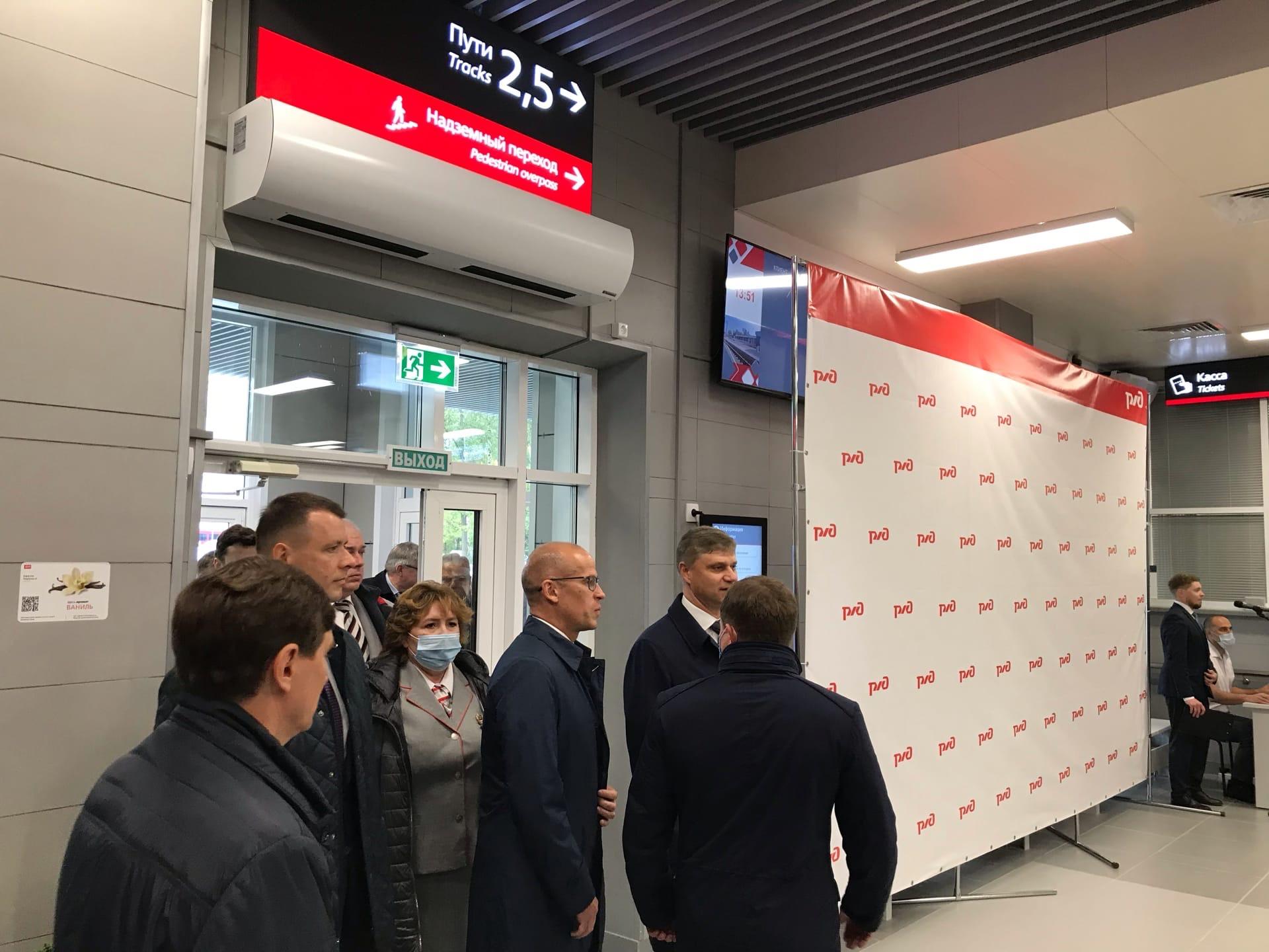 Александр Бречалов прибыл на открытие нового транспортно-пересадочного