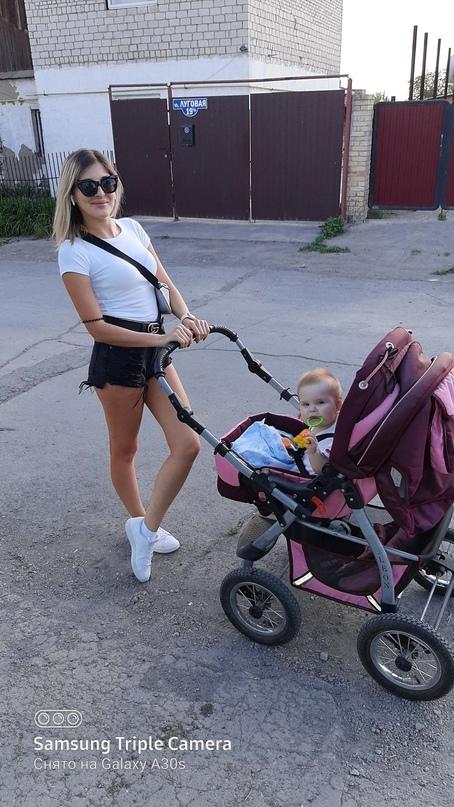 Купить коляску в очень хорошем   Объявления Орска и Новотроицка №28790