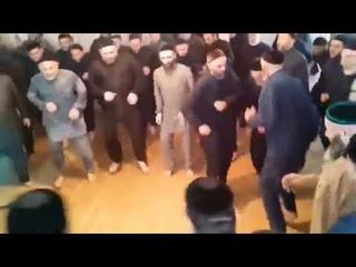Integrationsfreudetanz in Bayern ( integration joy dance in bavaria. ✌