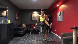 Yvette Bachman - 30 minute LOW IMPACT cardio kickboxing | Низкоударная кардио-тренировка на основе кикбоксинга