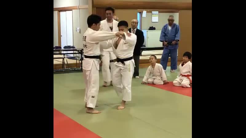 Рюджу Нагаяма mp4