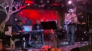 Виталий Макукин, Эмиль Меметов & IcatHane - Bahia Funk (Lee Retinour)