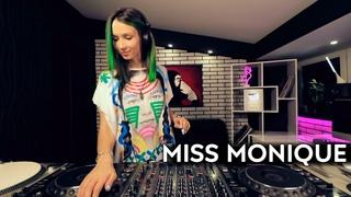 Miss Monique - Special B'day Podcast 2020 [Progressive House/Melodic Techno DJ Mix]