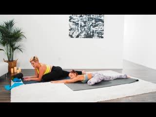 Vanna Bardot and Ryan Keely - Making Mom Sweat [Lesbian]